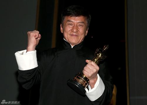 Sau nửa thập kỉ đóng hơn 200 phim, Thành Long cũng có giải Oscar - 3