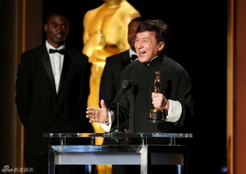 Sau nửa thập kỉ đóng hơn 200 phim, Thành Long cũng có giải Oscar - 4