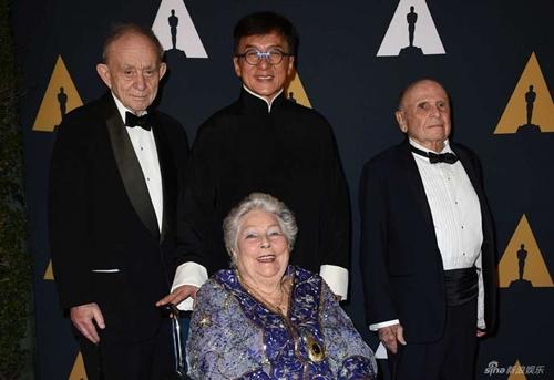 Sau nửa thập kỉ đóng hơn 200 phim, Thành Long cũng có giải Oscar - 8