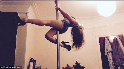 Bất ngờ cô gái xương khô trở thành mỹ nữ nhờ múa cột - 5