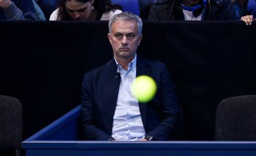 Tennis 24/7: Mourinho ngồi cạnh Pique xem ATP Finals - 1