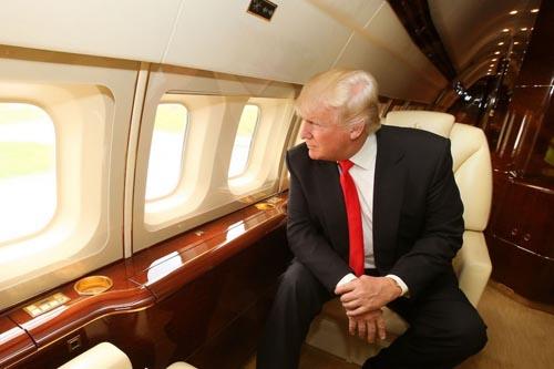 Trump chê Không lực Một, muốn dùng máy bay dát vàng? - 1