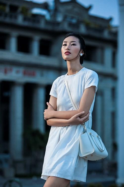 """Không nhận ra thời mặc """"quê kiểng"""" của chân dài Việt - 15"""