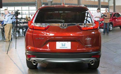 """Honda CR-V 2017: Êm hơn, lái """"sướng"""" hơn - 4"""