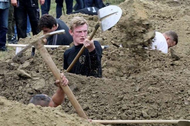 Cuộc thi tìm người đào mộ nhanh nhất châu Âu - 3