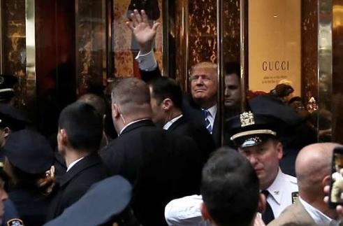 Vì sao Trump không toàn quyền làm chủ tên của mình ở TQ? - 2