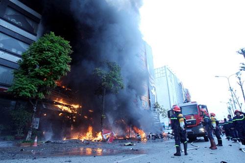 Cháy quán karaoke 13 người chết: 3 bị can mắc lỗi gì? - 1