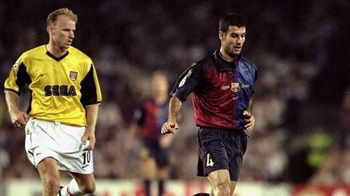 """HLV NHA thời là cầu thủ: Pep cực đỉnh, Mourinho """"quèn"""" - 2"""