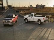 Tin tức ô tô - Nissan chính thức chốt giá Titan Single Cab 2017
