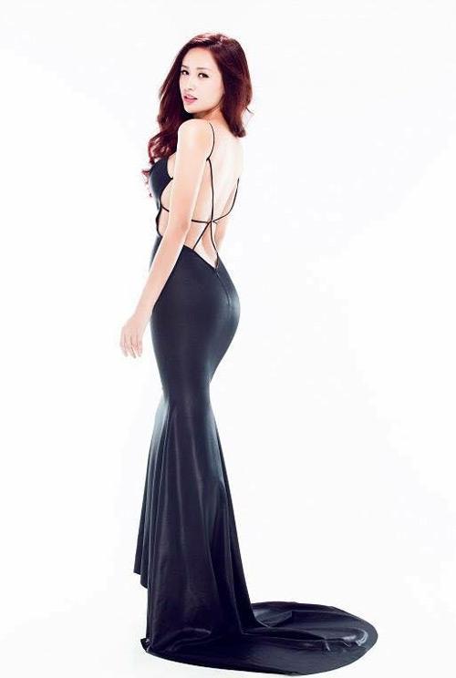 Loạt váy giúp Mai Phương Thúy khoe đường cong nữ thần - 14