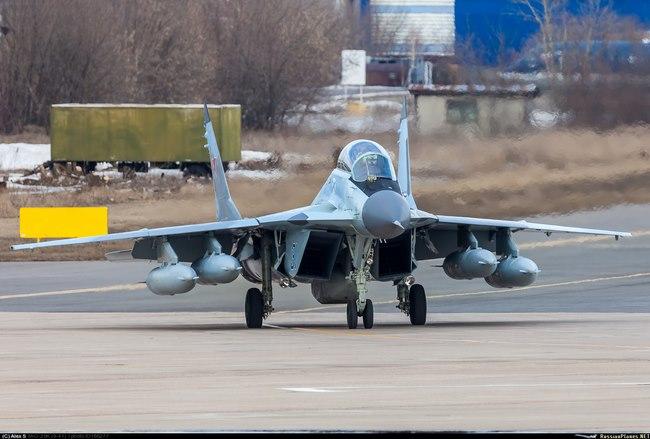 Chiến đấu cơ Mig-29 Nga vỡ tan khi hạ cánh ở tàu sân bay - 2