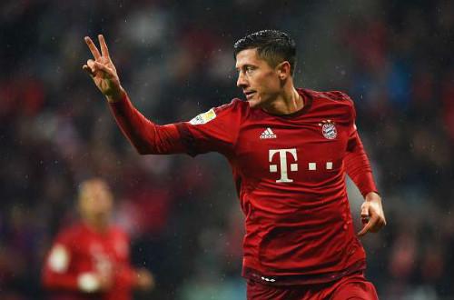 Top 5 tiền đạo hay nhất châu Âu: Messi, Ronaldo mất tích - 4