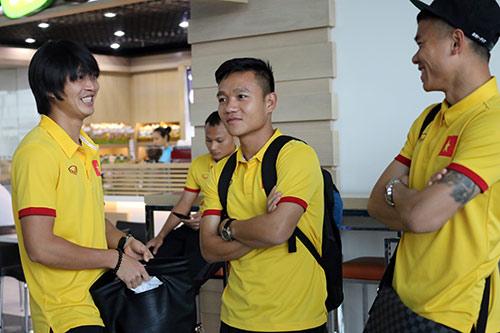 Tuyển Việt Nam tới Myanmar, sắp xung trận đua cup vàng - 9