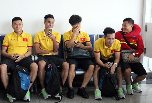 Tuyển Việt Nam tới Myanmar, sắp xung trận đua cup vàng - 15