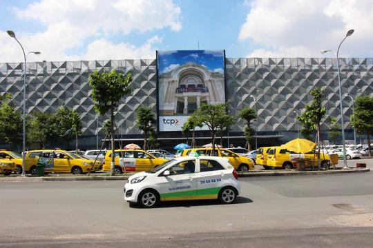 """Sân bay Tân Sơn Nhất có nhà xe """"5 sao"""" - 4"""
