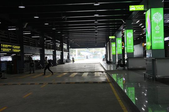 """Sân bay Tân Sơn Nhất có nhà xe """"5 sao"""" - 3"""