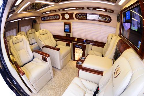 DCar xuất khẩu lô xe DCar President đầu tiên sang thị trường Kuwait - 3