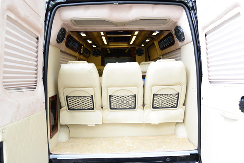 DCar xuất khẩu lô xe DCar President đầu tiên sang thị trường Kuwait - 5