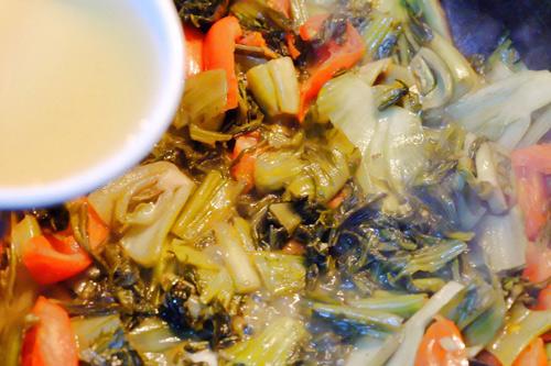Ngon cơm với cá chép om dưa - 5