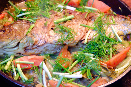 Ngon cơm với cá chép om dưa - 7