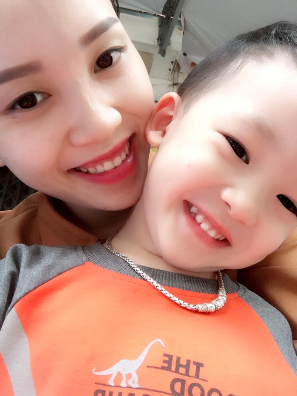 Bé trai 3 tuổi nói tiếng Anh sõi hơn tiếng Việt - 4