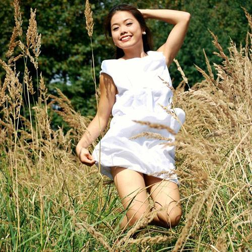 Biết tuốt 5 thứ tiếng, cô gái Việt lượn quanh 27 nước - 2