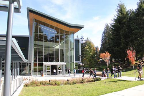 Du học Mỹ tiết kiệm tại Trường Cao đẳng Cộng đồng SPSCC - 1