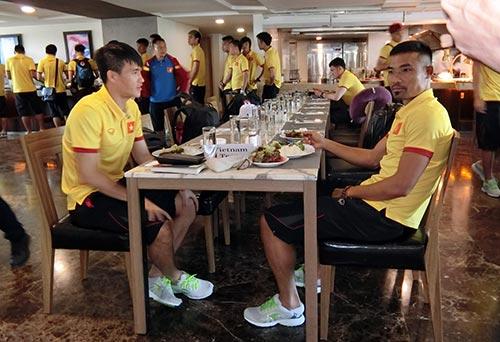 Tuyển Việt Nam tới Myanmar, sắp xung trận đua cup vàng - 3