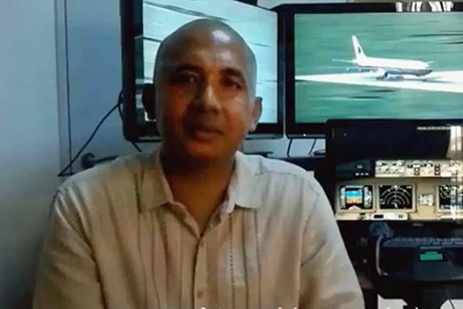 Cơ trưởng MH370 đâm xuống biển để cứu hàng ngàn người? - 1