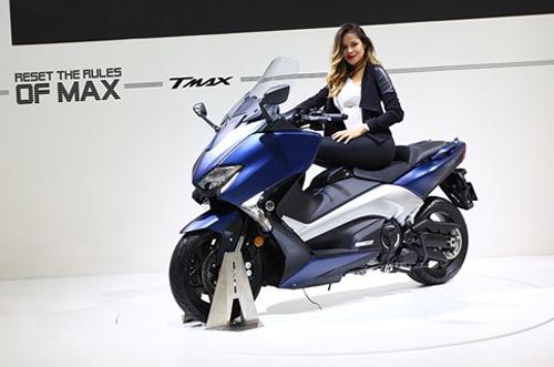 Yamaha trình làng xe tay ga TMAX tại EICMA 2016 - 1