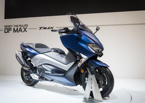 Yamaha trình làng xe tay ga TMAX tại EICMA 2016 - 2