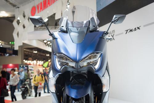 Yamaha trình làng xe tay ga TMAX tại EICMA 2016 - 4