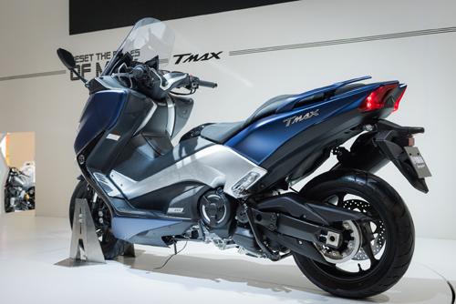 Yamaha trình làng xe tay ga TMAX tại EICMA 2016 - 3