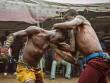 """""""Võ bùa"""" châu Phi: Môn đấu nguy hiểm chẳng kém UFC"""