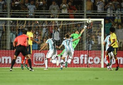 Chi tiết Argentina – Colombia: Bàn thắng dễ dàng (KT) - 3