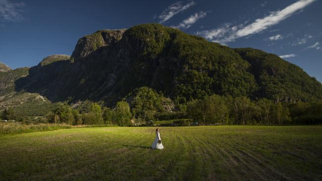 Trong suốt kỳ nghỉ tuần trăng mật, cặp đôi đã chụp được tổng cộng 580 bức ảnh và họ sẽ chọn ra 30 bức ưng ý nhất để làm album ảnh cưới.
