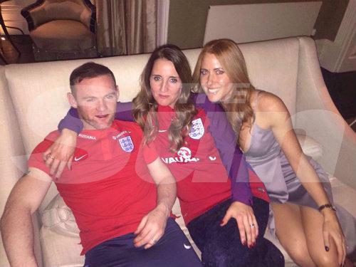 MU: Say xỉn, cặp kè gái lạ, Rooney hết tương lai - 1