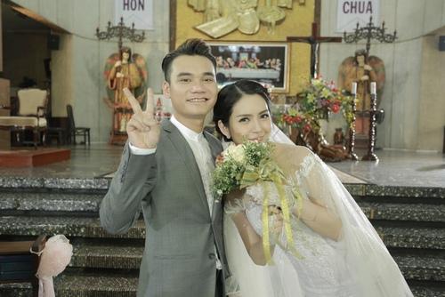 Khắc Việt phủ nhận chuyện kết hôn ở tuổi 29 - 5