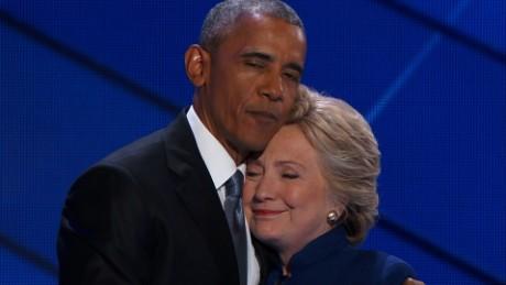 Obama bất ngờ chê bà Clinton tranh cử không hết mình - 1