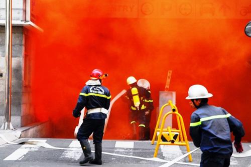 Kịch bản cháy nổ kịch tính ở toà nhà cao nhất Sài Gòn - 10