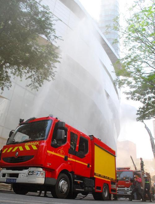 Kịch bản cháy nổ kịch tính ở toà nhà cao nhất Sài Gòn - 16