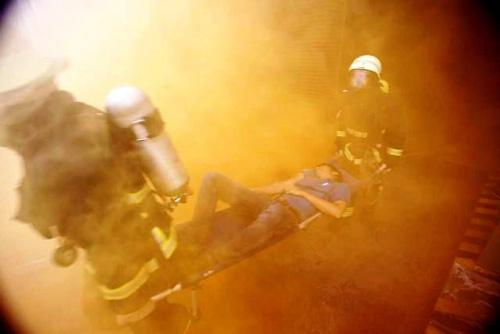 Kịch bản cháy nổ kịch tính ở toà nhà cao nhất Sài Gòn - 12