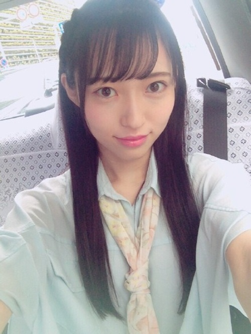 Vẻ trong sáng của sao Nhật dính tin đồn livestream ân ái - 4