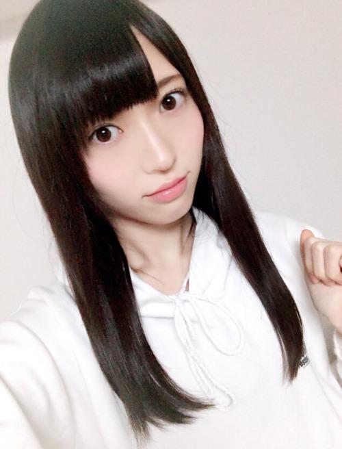Vẻ trong sáng của sao Nhật dính tin đồn livestream ân ái - 5