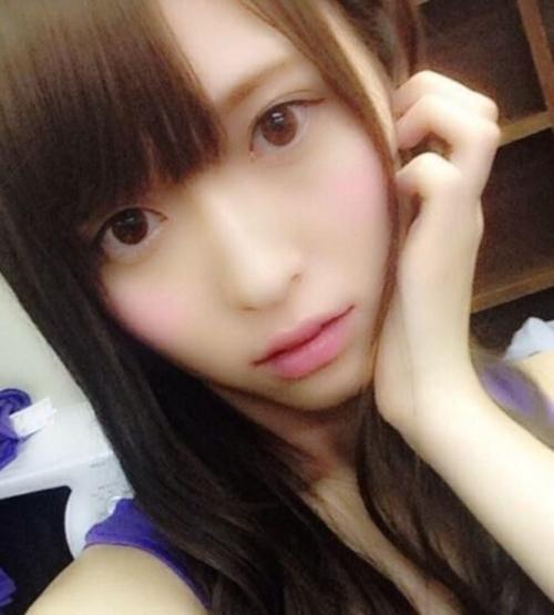 Vẻ trong sáng của sao Nhật dính tin đồn livestream ân ái - 10