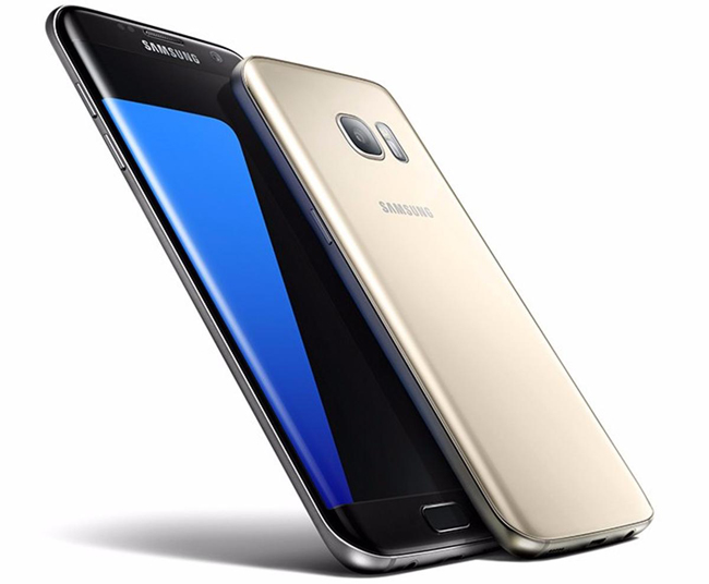 Samsung Galaxy S7 Edge có màn hình 5,5 inch, trong khi Galaxy S7 có màn hình 5,1 inch. Sự chênh lệch tuy nhỏ về kích thước, nhưng nó vô cùng quan trọng với một chiếc smartphone, và đối với từng lựa chọn của khách hàng.