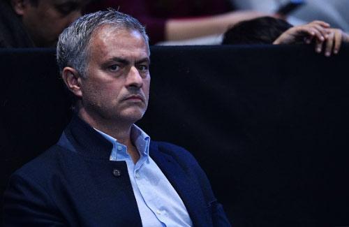 MU: Mourinho lấp lửng khiến học trò bất bình - 1