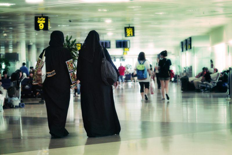 UAE: Du khách bị cưỡng hiếp, báo cảnh sát còn bị bắt giữ - 2