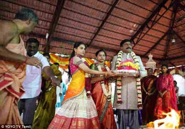 Cựu quan tham Ấn Độ làm đám cưới nghìn tỷ cho con gái - 3