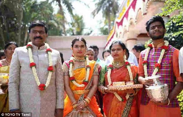 Cựu quan tham Ấn Độ làm đám cưới nghìn tỷ cho con gái - 1